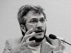 'Neoliberalismo rebaixou horizonte programático do país', diz Ronaldo Pagotto
