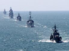 """""""Invasão territorial"""" de destróier inglês em águas territoriais russas gera conflito diplomático entre países"""