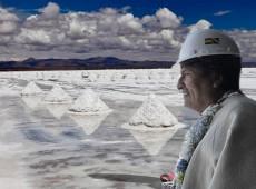 Com lítio, Evo Morales tentou romper processo neocolonial e integrar desenvolvimento