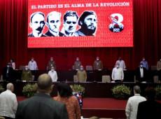 Em sessão presidida por Raúl Castro, Partido Comunista de Cuba inicia 8º Congresso