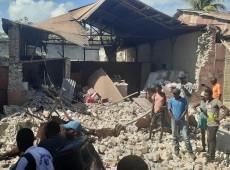 Crise no Haiti: Parlamentares discutem rumos do país enquanto milhares dormem nas ruas