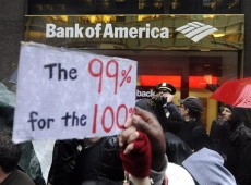 """""""Vilões"""" da crise, bancos se tornam alvos diretos do Occupy Wall Street"""