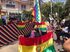 Bolivianos em SP protestam para exigir direito de votar nas eleições presidenciais do país