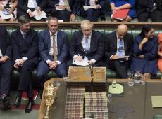 Parlamento do Reino Unido obriga Johnson a divulgar termos de Brexit sem acordo