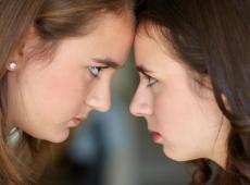 Romper com rivalidade entre mulheres imposta pelo patriarcado é nossa missão de gênero