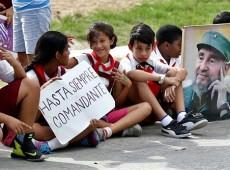 Trajeto com cinzas de Fidel se encerra neste sábado com chegada a Santiago