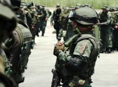 Exército venezuelano e paramilitares da Colômbia estão em guerra há 10 dias na fronteira entre países