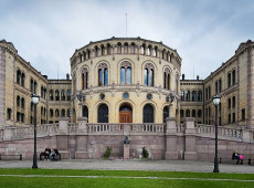 Partido Trabalhista da Noruega conquista maioria no Parlamento