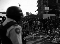 Principal vítima da política internacional de Trump, Haiti enfrenta crise petrolífera
