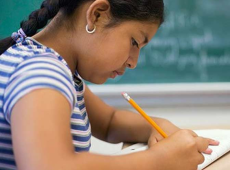 Unesco defende 12 anos de educação gratuita como prioridade para todas as meninas