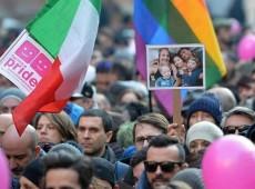 Italianos saem às ruas em 40 cidades do país para defender legalização da união homossexual