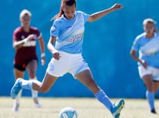 'Quero defender a seleção argentina', diz primeira jogadora transgênero profissional do futebol feminino do país