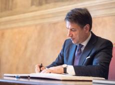 Giuseppe Conte assume ministério da Educação da Itália interinamente