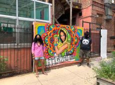 A rua, mural, a humildade e a essência da alma dos que criam plantando sementes