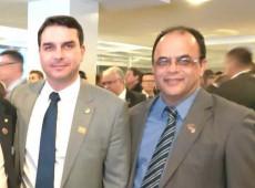 Jair Bolsonaro e Hamilton Mourão são diretores de entidade citada em documentos do reverendo Amilton na CPI