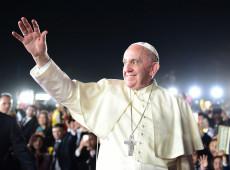 É preciso regulamentar especulação financeira para evitar que pobres paguem pela crise, diz Papa Francisco