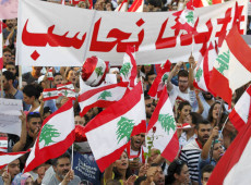 Sob efeitos da pandemia, crise econômica e política fortalece onda de protestos no Líbano