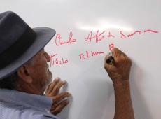 Criticada pelo governo, metodologia Paulo Freire revolucionou povoado no sertão