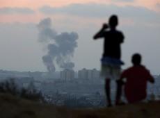 Israelenses desafiam maioria em protestos contra ataque à Faixa de Gaza