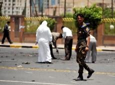 Al Qaeda assume autoria de atentado que matou dezenas de soldados no Iêmen