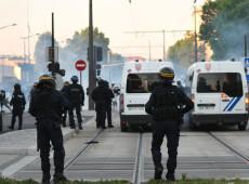 França: Polícia reprime ato contra racismo e violência estatal em Paris