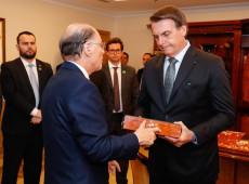 Queda na popularidade e negacionismo já se refletem em críticas a Bolsonaro na TV Record