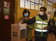 Observadores relatam episódios de intimidação durante eleições na Bolívia