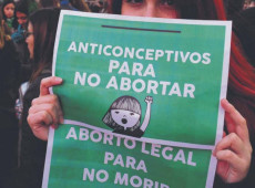 Na América Latina, meninas violadas são submetidas à tortura de levar gravidez adiante