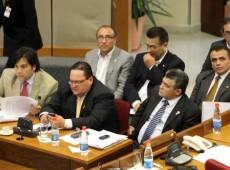 """""""Isto não é um julgamento, é uma condenação prévia"""", diz defesa do presidente do Paraguai"""