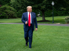 Trump ignora pandemia e retoma campanha eleitoral