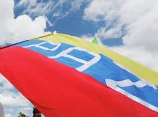 Defesa de acordo mobiliza colombianos