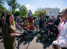 Sarah Sanders deixará cargo de porta-voz da Casa Branca, afirma Trump