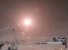 Israel bombardeia Gaza após Hamas lançar foguetes em resposta à repressão contra palestinos