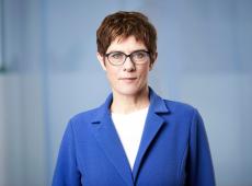 Alemanha: herdeira de Merkel desiste de ser candidata a chanceler em 2021