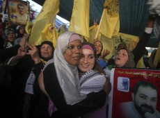 Greve de fome de palestinos faz Israel acabar com prisões preventivas indefinidas