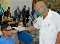 Solidariedade: Cuba recebe navios, envia médicos e faz remédio para coronavírus