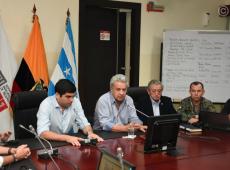 Presidente do Equador instaura toque de recolher em Quito para conter protestos