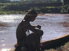 Aldeia indígena atingida pela lama reclama do descaso da Vale e de autoridades de MG