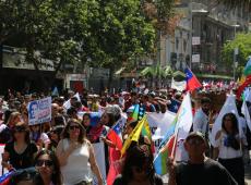 Chile anuncia plebiscito sobre nova Constituição