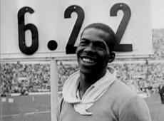 Melbourne, 1956: brasileiro Adhemar Ferreira da Silva se torna bicampeão olímpico de salto triplo