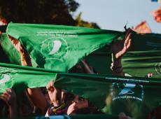 Projeto de legalização do aborto na Argentina é 'triunfo da luta feminista', diz escritora