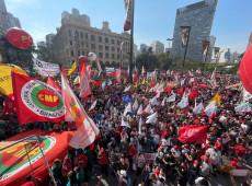 Opera cômica verdeamarela e a insurgência vermelha: crônica do 7 de setembro em SP
