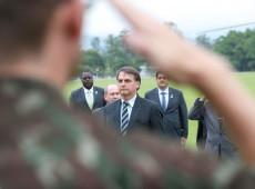 Protagonismo de militares no governo Bolsonaro cria ambiente de ameaça golpista no país