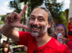 """Preso político, Rodrigo Pilha foi espancado e torturado na prisão por """"ser petista"""""""