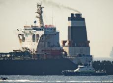 Irã ameaça navio britânico em resposta à apreensão de petroleiro