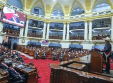 Castillo toma posse no Peru: 'desta vez, um governo do povo, com o povo e para o povo'