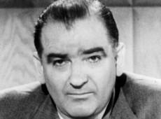 Hoje na História: 1950 - McCarthy diz que Departamento de Estado tem comunistas infiltrados