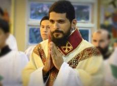 Papa expulsa padre brasileiro acusado de abusar de ex-freiras
