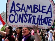 Movimento que exige Assembleia Constituinte no Chile tem 87% do apoio da cidadania