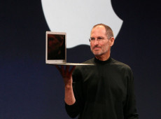 Hoje na História: 2011 - Morre o executivo Steve Jobs, fundador da Apple